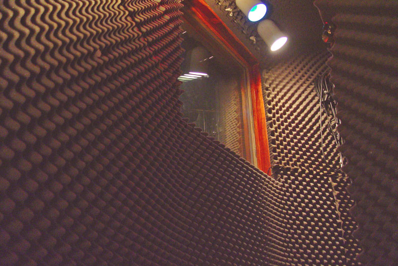 05_Vocal booth inside.jpg